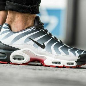 Nike Air Max Plus TN SE Men's Sneaker
